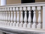 Изделия из гранита, мрамора - подоконники, столешницы, плитка, балясины, мойки, вазы, фасады, карнизы, лестницы, перила.