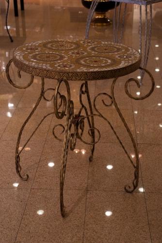 Изготовим красивую кованую мебель. Столы, стулья, кровати, люстры.