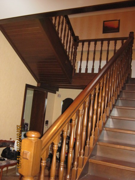 Изготовление деревянных лестниц из ясеня. Кривой Рог