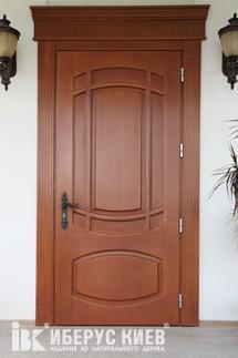 Изготовление входных дверей из масива, по индивидуальному заказу.
