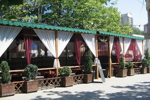 Изготовление летних площадок кафе из дерева или металла для баров, пабов, рессторанов, кафе, барные стойки инд. заказ