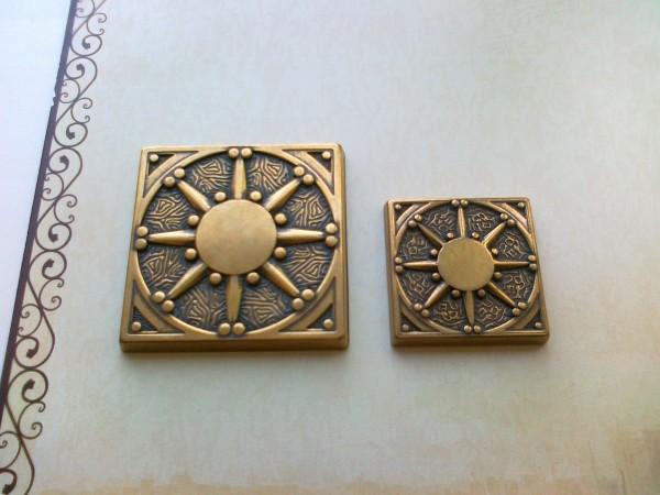Калипсо 7,5х7,5 см. вставка латунная для керамической плитки, керамогранита
