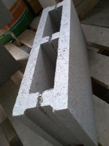 Камень пустотный (Француз) 10х19х39см = 18руб/шт Столб 39х39см Крышка столба 49х49см