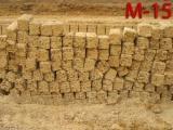 Камень ракушечник М-15 среднего качества. Размеры 18*18*38 см. М-15 для одноэтажного строения. В 1 куб. м. - 81 шт.