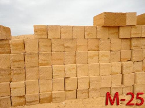 Камень ракушечник М-25 отличного качества. Размеры 18*18*38 см. М-25 - для двухэтажного строения. В 1 куб. м. - 81 шт.