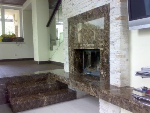 Камин из мрамора. мраморный камин. Изделия из мрамора и гранита.