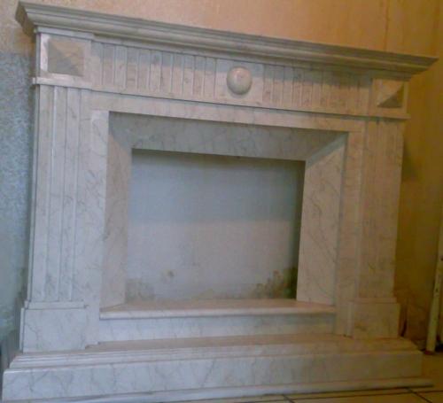 камин мраморный из спайдер беж, классика