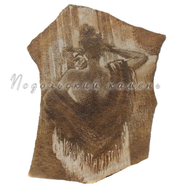 Картина на камне Девушка в платке Песчаник 40х60 см.