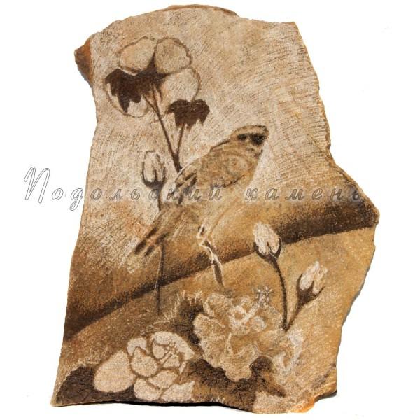 Картина на камне Птица на цветке Песчаник 35х50 см.
