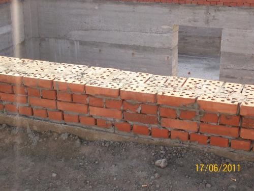 Кирпич керамический полно марка (М-100) (г. Полтава)