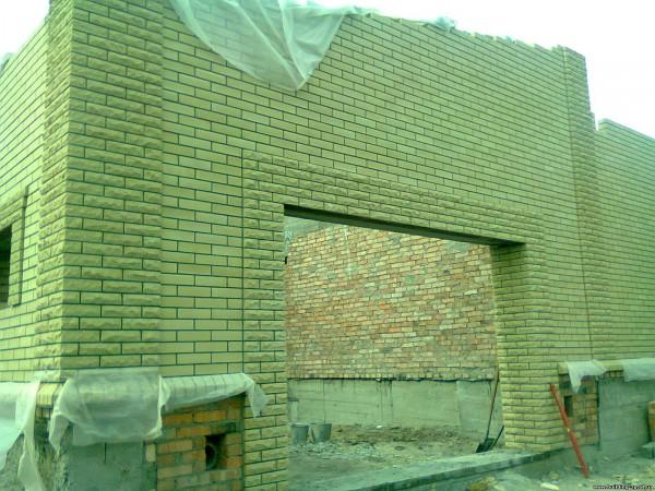 Кирпичная кладка (лицевая) столбы, пилястры, обрамления, пояски.
