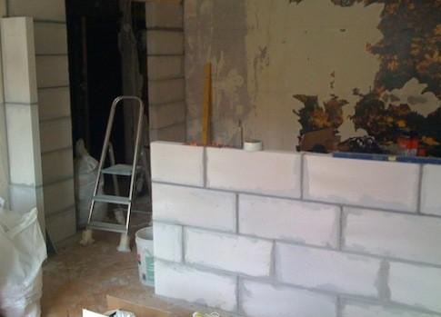Кладка стен из пенобетонных блоков