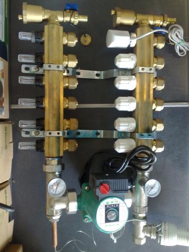 Колектор для теплого пола на 3 контура