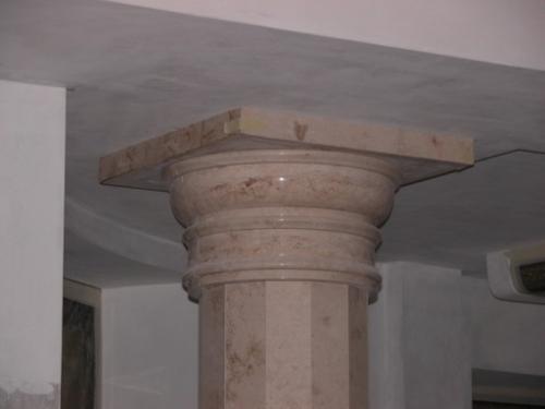 колонны мраморные
