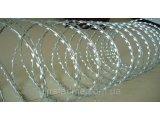Фото  1 Колючая проволока егоза 900/5 мм с повышенной защитой от коррозии 2194626