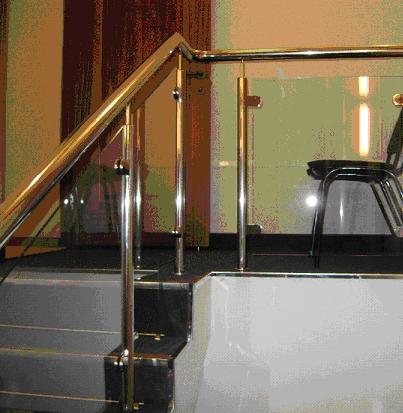 Комбинированные ограждения лестниц.