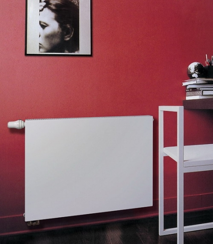 Компактные радиаторы VONOVA с боковым подключением — это простота в сочетании с классическими внешними линиями.
