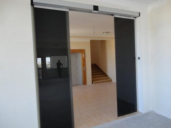 Компания KBB - крупнейший производитель автоматических дверей, основана в 1992 году.