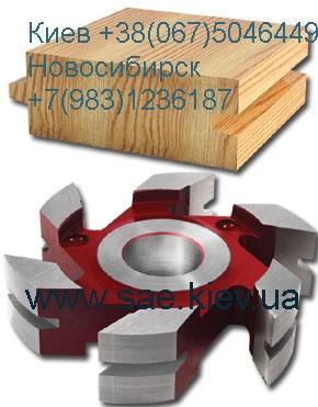 Комплект фрез состоит из двух полукомплектов правого и левого или нижнего и верхнего, один фрезерует шпунт