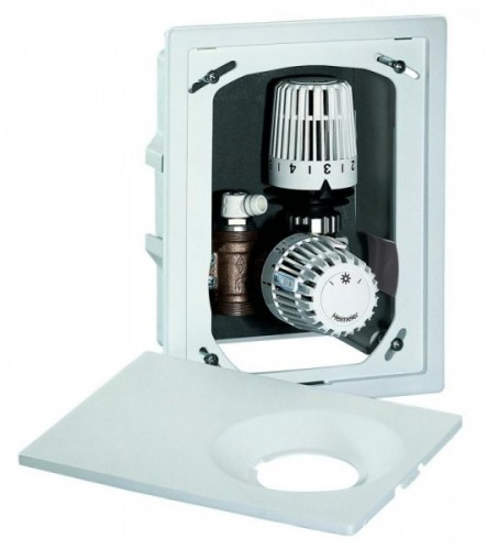 Комплект HEIMEIER Multibox для индивидуального контроля температуры помещений с обогревающим полом.