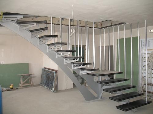 Консультация дизайнера, дизайн лестниц, перил, металлоконструкций, индивидуальные проекты в 3D