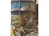 Фото  4 Конусная бадья для бетона 2 м. куб 2065670