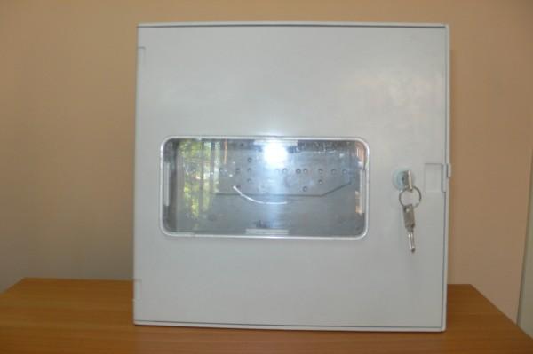 Корпуса ZN, ZNo из изоляционного композита (полиэстер стекловолокно). Установка в/на стену и на опору.