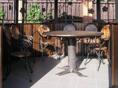 Кованая мебель и предметы интерьера - изготовление, доставка и монтаж.