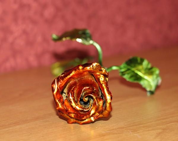 кованая роза подарочная