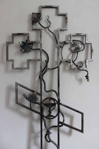 кованые ритуальные кресты