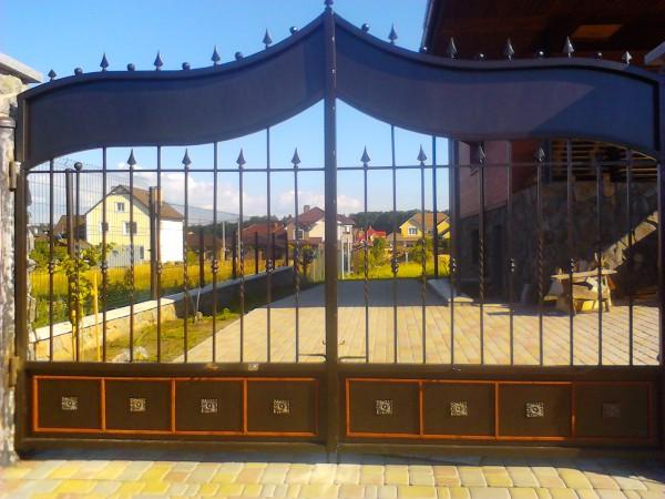 кованые ворота комбинированные