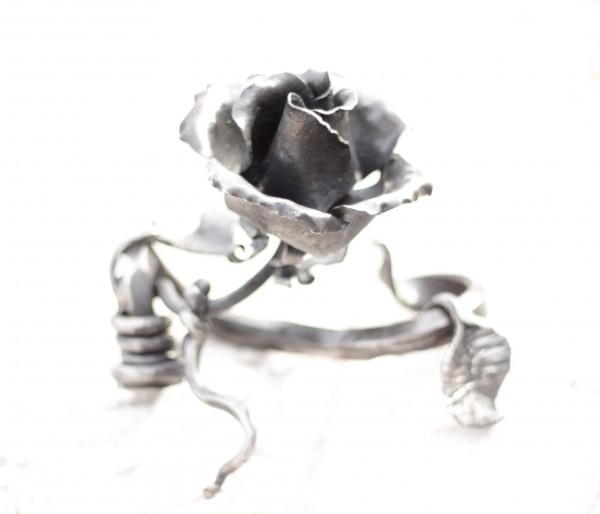 Кованый сувенир роза. Кованые сувениры и подарки от кузнечной мастерской Live Metall. Доставка во все города Украины.