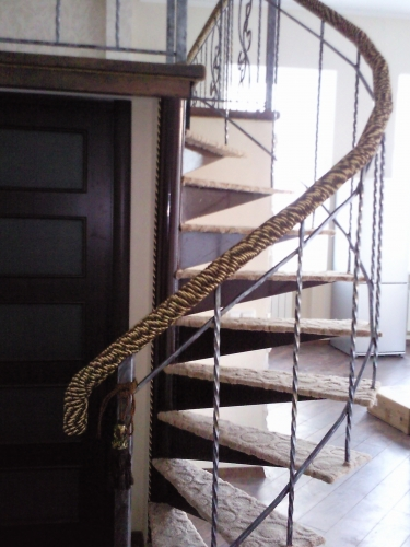 Кованные лестницы, металлические лестницы