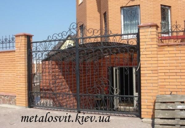 кованные ворота, ворота распашные Киев и обл.