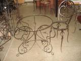 Изготовление под заказ кованых стульев, столов в Харькове, изготовления по индивидуальному эскизу домашней мебели.