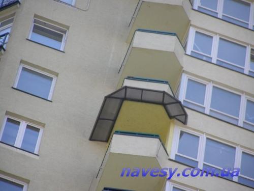 Козырёк балкона