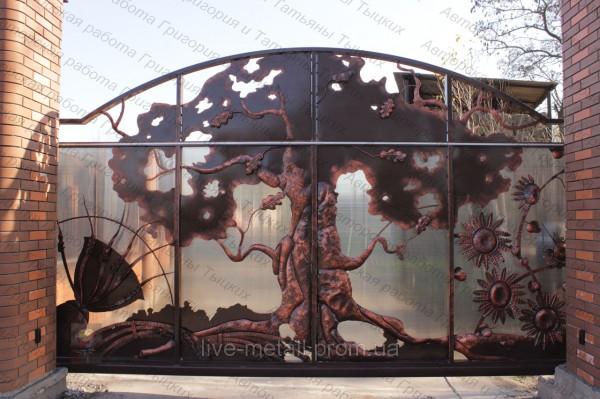 Красивые кованые ворота в растительном стиле авторской ручной работы Григория и Татьяны Тыцких