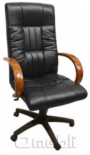 Кресло Консул HB Кожзам черный подлокотники орех A33058