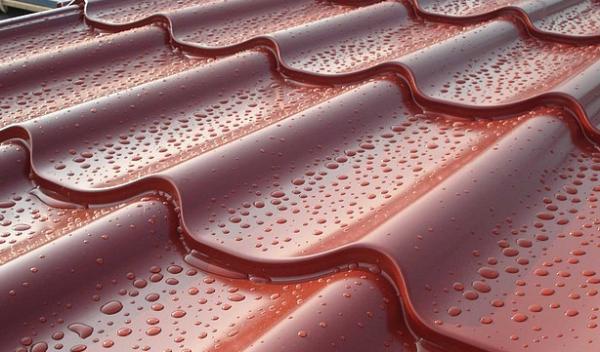 Крыша, металлочерепица Monterrey Польша, структурный мат - покрытие.