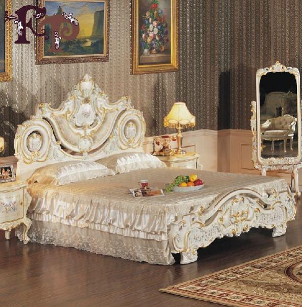 Кровать Агнесса в стиле барокко