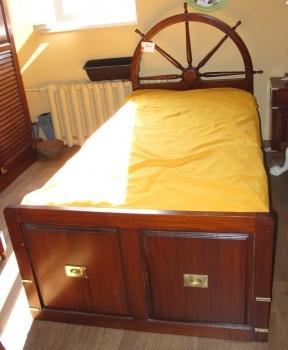Кровать EAP0020. Производитель: Antik Jaga Furniture
