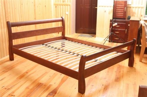 Кровати натуральное дерево массив ольха и ясень высокое качество. Спектр цветов покраски изделий