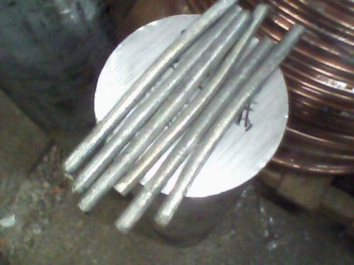 Круг алюминиевый (дюраль) ф30 мм Д16Т, 0,6т длина 3,1-3,2м ндл. Порезка, доставка по Украине.