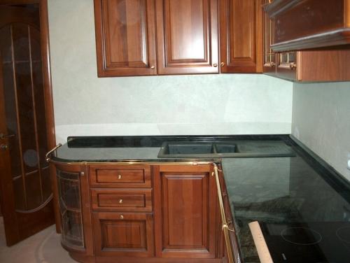 Кухонная столешница мраморная Verde Guatemala. Изготовление, монтаж.