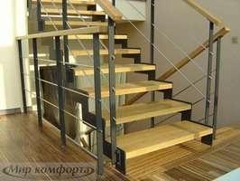 Лестница деревянная, Киев.