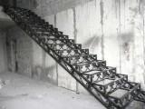 Изготовление под заказ кованых и сварных лестниц в Харькове, возможность изготовления по индивидуальному эскизу.