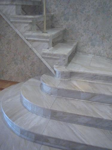 Лестница мраморная 3