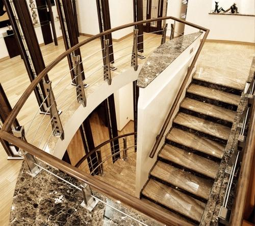 Лестница мраморная 5