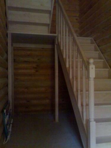 """Лестница""""TOLEDO """"прямая с площадкой, с разворотом на 180 град. ш.95см ольха"""