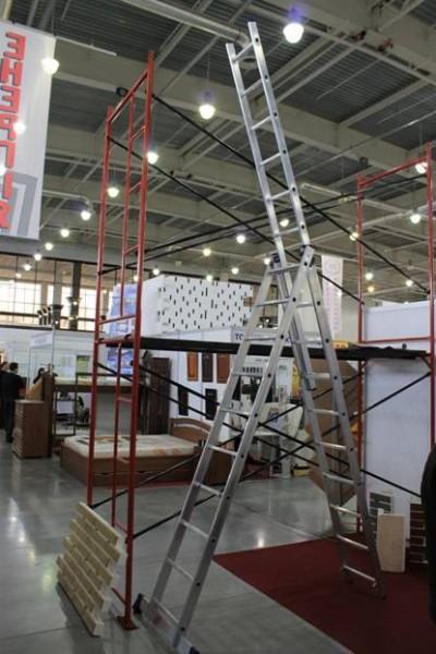 Лестницы алюминиевые. Лестницы строительные. Стремянки. Стремянка алюминиевая. Лестница шарнирная. Купить лестницу
